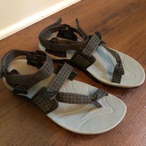 Women's Merrell Sandals (8)